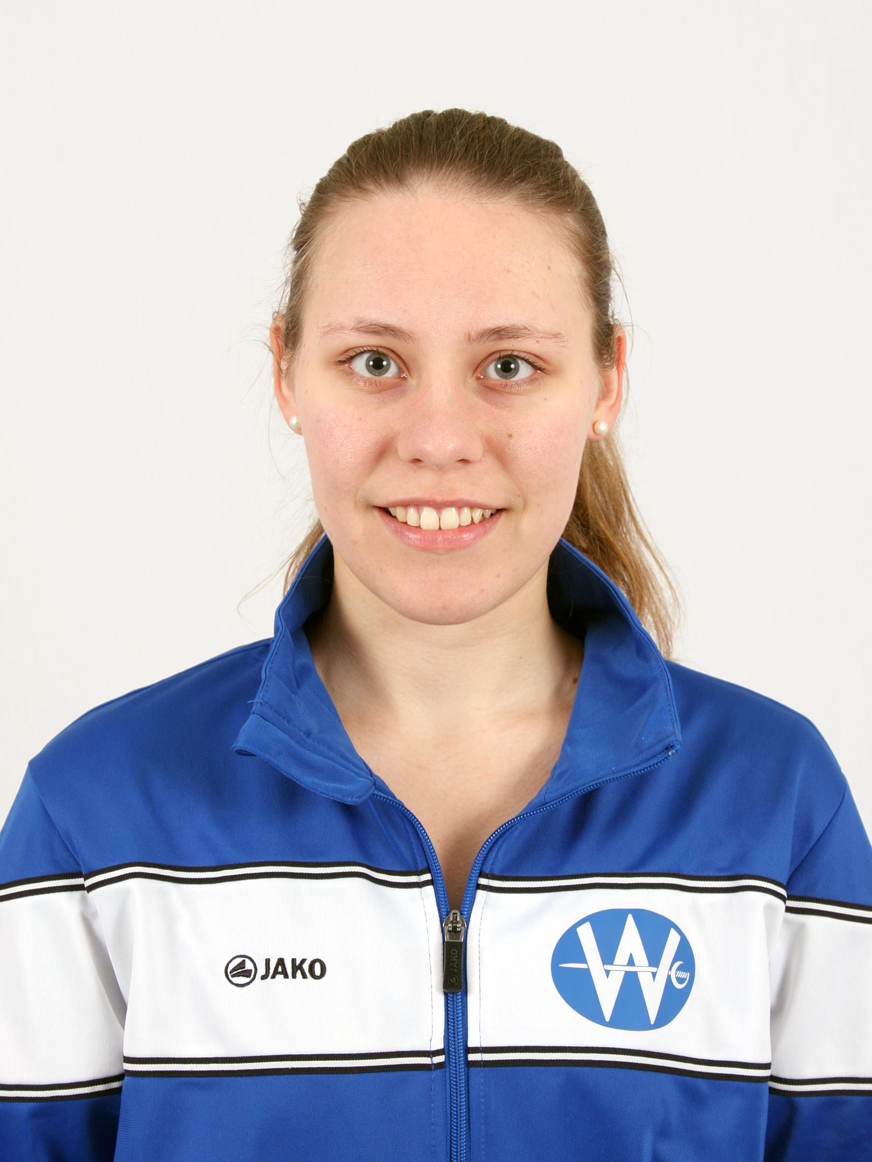 Vanessa Axmann